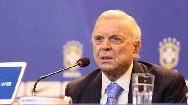 CHEFE DE QUADRILHA DA CBF: MARIN É PRESO POR CORRUPÇÃO NA FIFA