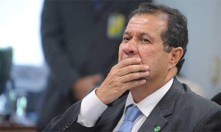 EX-MINISTRO DE DILMA E DE LULA DIZ QUE PT 'ROUBOU DEMAIS' E 'SE ESGOTOU'