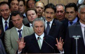 O BRASIL ESTÁ NAS MÃOS DE UMA MÁFIA, DIZ CIENTISTA BRASILEIRO