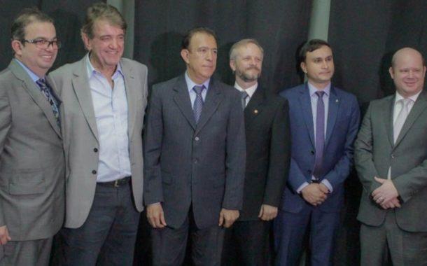 PREFEITO ARACELY PARTICIPOU DA POSSE DO NOVO DELEGADO REGIONAL , DR. VITOR HUGO HEISLER