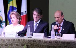POSSE DO PREFEITO ARACELY DE PAULA  E LÍDIA JORDÃO